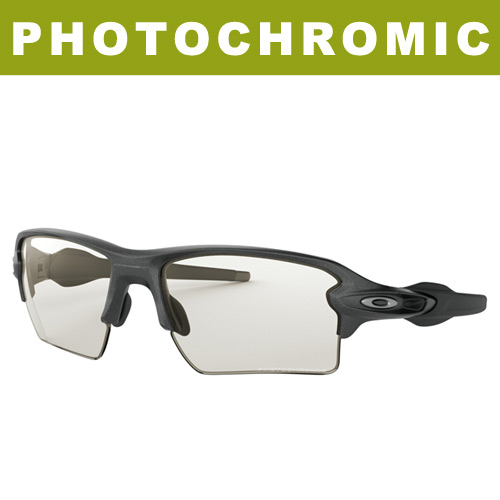 Oakley Photochromic Flak 2.0 XL Sunglasses