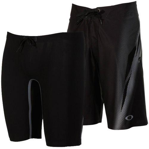 オークリー Blade II Board Shorts